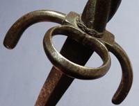 1600-left-hand-dagger-4