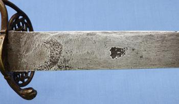 1690-hunting-hanger-kings-head-mark-9