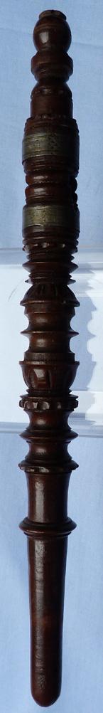 1800-wooden-treen-spile-1