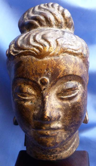 18th-century-south-east-asian-bronze-head-2