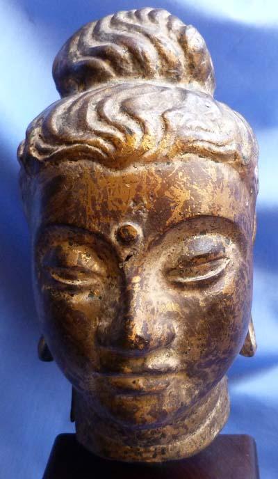 18th-century-south-east-asian-bronze-head-2