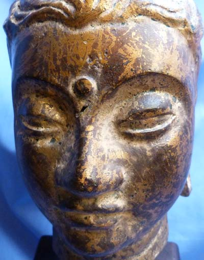 18th-century-south-east-asian-bronze-head-6