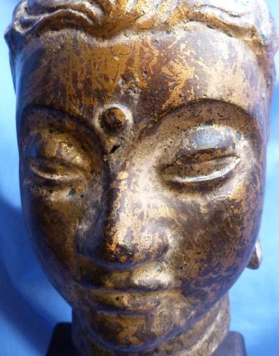 18th-century-south-east-asian-bronze-head-6