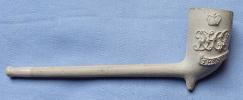 19th-century-blues-and-royals-clay-pipe-3