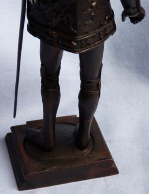 19th-century-carved-wooden-knight-6