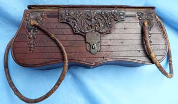 19th-century-handbag-3