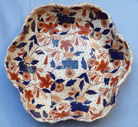 19th-century-imari-ironstone-dishes-3
