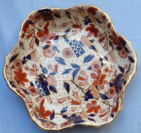 19th-century-imari-ironstone-dishes-4