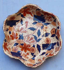 19th-century-imari-ironstone-dishes-5