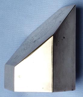 7-para-rha-paperweight-3