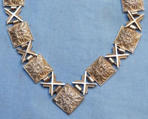 aegis-silver-necklace-3