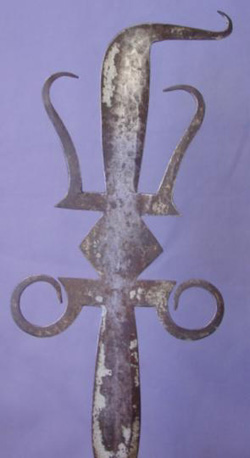 african-glaive-3