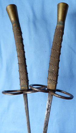 antique-fenciing-foils-2
