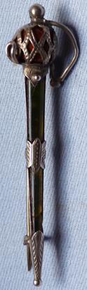antique-scottish-sword-brooch-1
