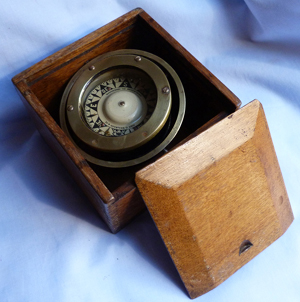 antique-ships-compass-1
