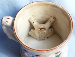 antique-staffordshire-frog-mug-3