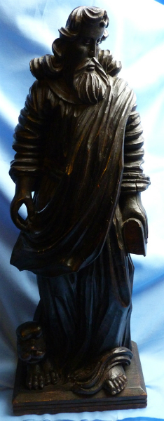 antique-wooden-religious-statue-1