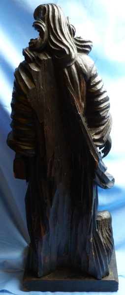 antique-wooden-religious-statue-2