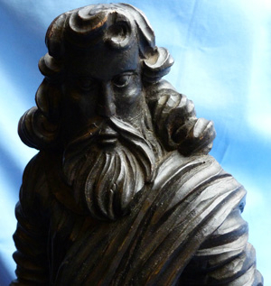 antique-wooden-religious-statue-3