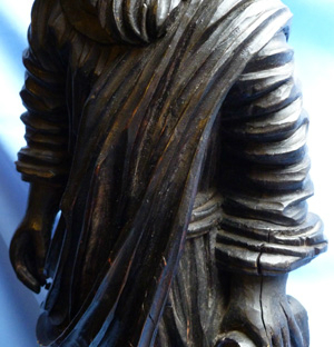 antique-wooden-religious-statue-4