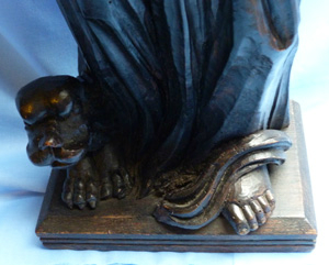 antique-wooden-religious-statue-5