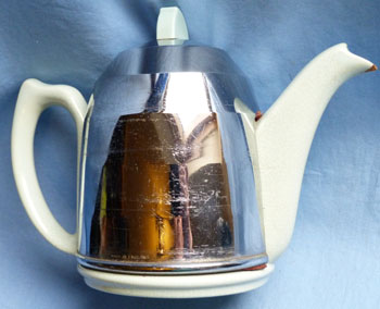 art-deco-teapot-1