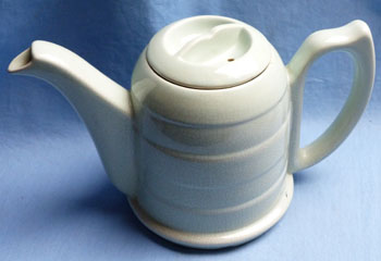 art-deco-teapot-5