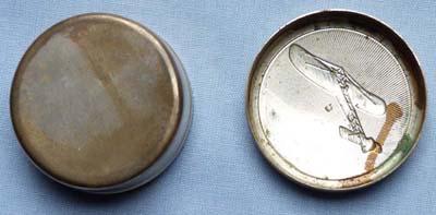 bleriot-pill-box-3