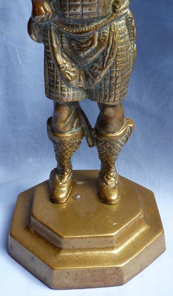 brass-scottish-highlander-3