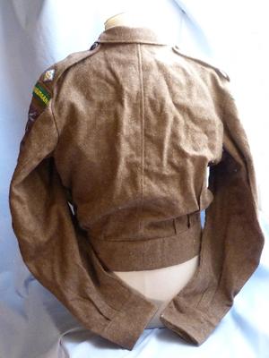 british-airborne-officers-tunic-2