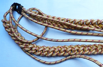 british-army-gold-aiguilette-3