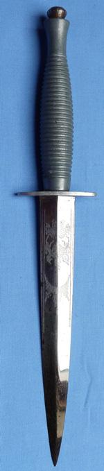british-novill-commando-knife-1
