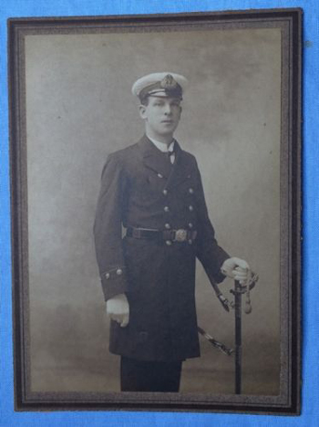 british-royal-navy-officer-1