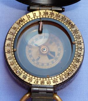 british-ww1-barker-military-compass-4