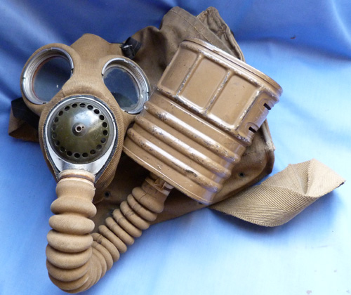British Army Issue early WW2 Gas Mask and Pouch