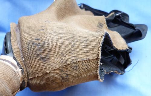 british-ww2-army-gas-mask-3