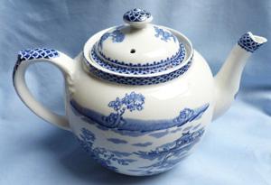 clyde-burslem-teapot-1