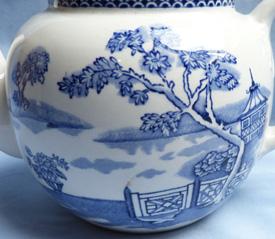 clyde-burslem-teapot-3