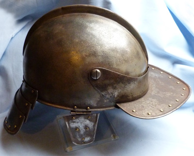 english-civil-war-helmet-3
