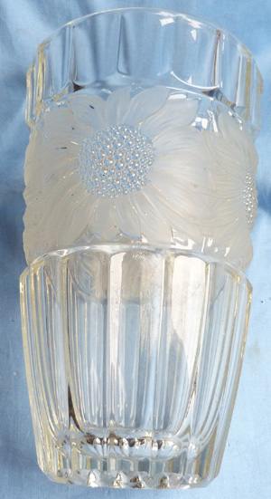 french-art-deco-glass-vase-1
