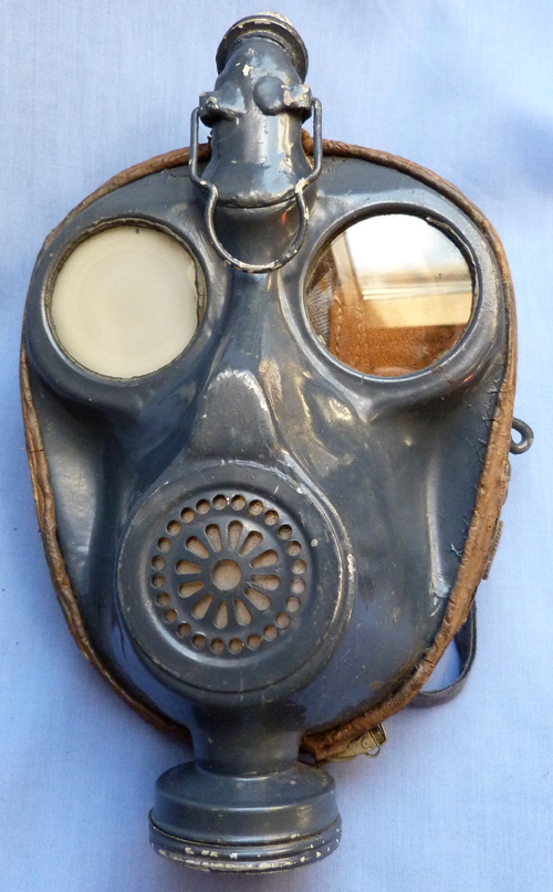 french-model-1939-naval-gas-mask-2