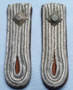 german-officer-shoulderboards-1