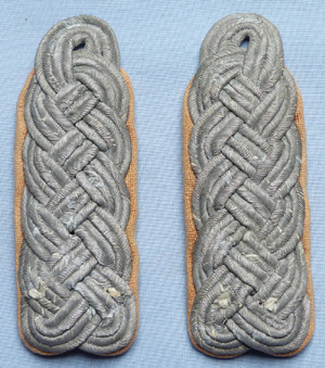 german-ww2-army-shoulder-boards-1