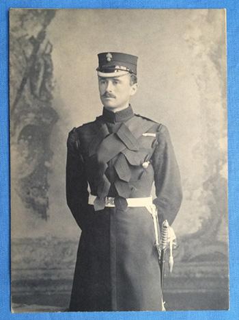grenadier-guards-officer-1
