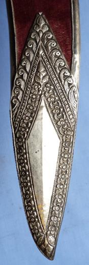 gurkha-silver-mounted-kukri-10