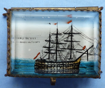 hms-victory-glass-box-1