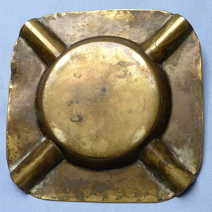 ind-coope-vintage-ashtray-2