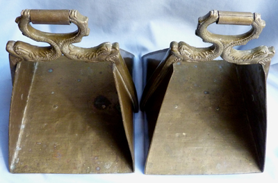 indian-antique-brass-stirrups-3