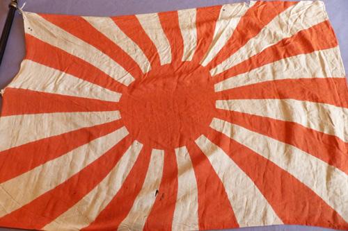 japanese-ww2-flag-and-pole-14