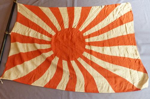 japanese-ww2-flag-and-pole-4